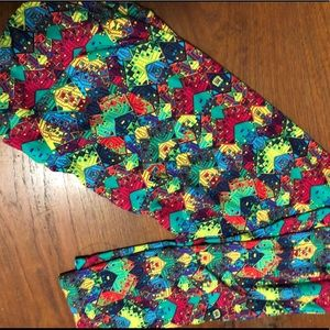 BNWOT LuLaRoe TC colorful Aztec print leggings